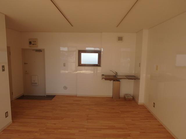 二の宮ハイツ2C(室内4)