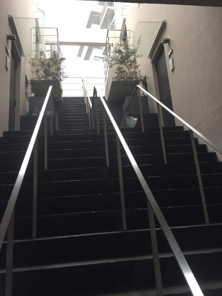 レグノ・コラージュ_共用階段