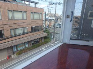 飯田ビル301号室_出窓02